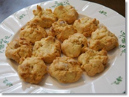 くるみとアーモンドプードルのドロップクッキー