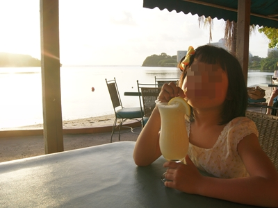 子連れグアム旅行2012 その5 グリルアットサンタフェでサンセット