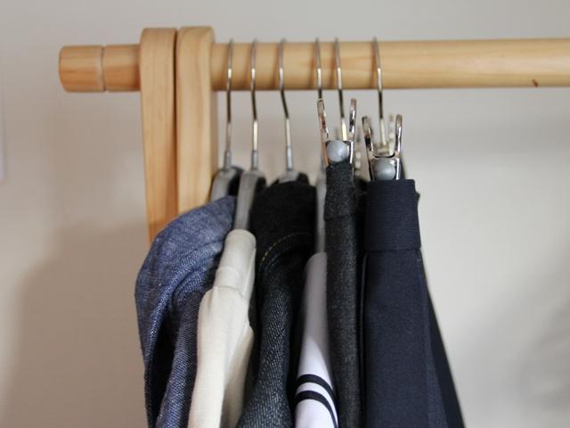 滑らない・落ちない・ かさばらない! MAWA (マワ)ハンガーで洋服をコンパクトに収納