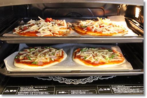ピザを焼くところ