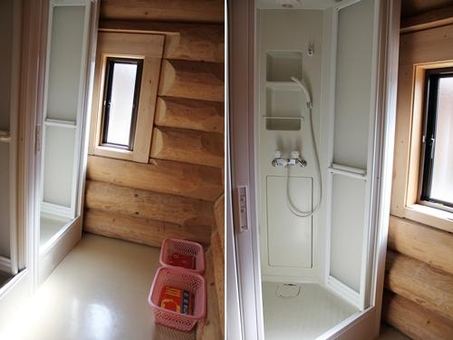 きららの里 ログハウス内 シャワールーム