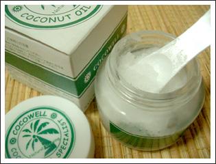 乾燥肌に 100%ナチュラルなバージンココナッツオイル