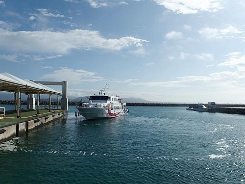石垣島旅行3日目 船で竹富島へ 最高にきれいで気持ちがよい島時間