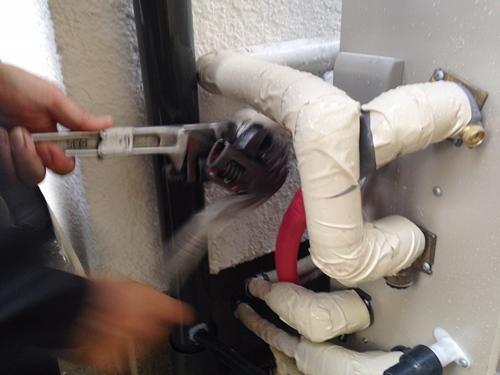 給湯器のガス接続工事