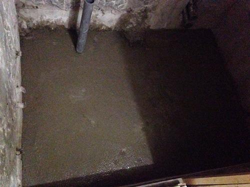 風呂土間コンクリート打ち