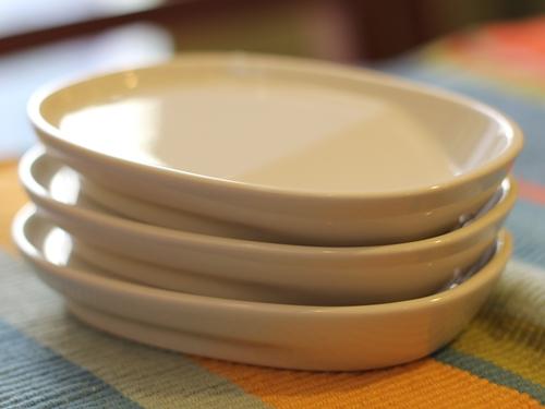 1皿2役ななめ底ミニプレート 重ねて収納(スタッキング)