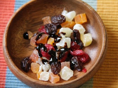 大平酵素とドライフルーツ