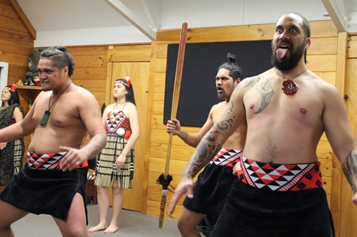 ファカレワレワ村でマオリの文化や生活に触れる ニュージーランド旅行記5
