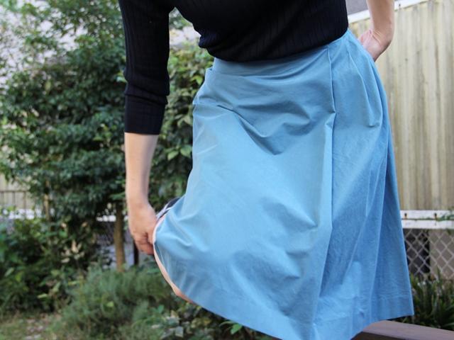 日本製サイドタック アシンメトリー スカート