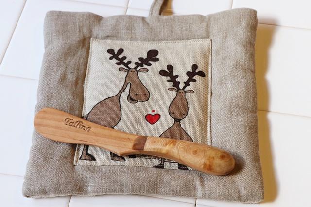 トナカイのやかん置き&木製バターナイフ
