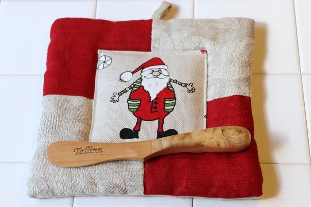 サンタのやかん置き&木製バターナイフ
