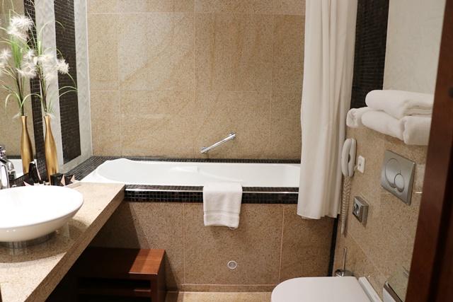 サヴォイ ブティック ホテル Savoy Boutique Hotel バスルーム