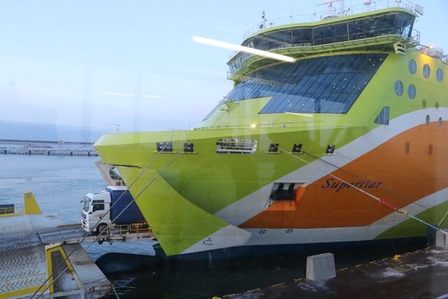 ヘルシンキ-タリン間を航海するフェリー タリンク
