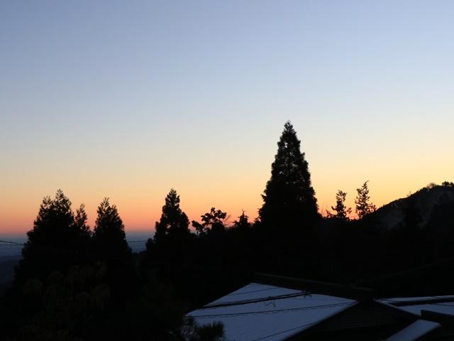 御岳山 嶺雲荘からの朝焼け