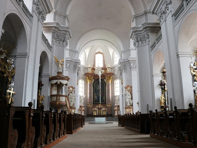 リトミシュル 聖十字架発見教会
