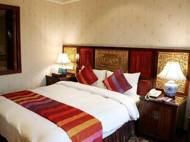 台北のホテル 麗都唯客楽飯店(リド・ワイコロア・ホテル) ベッド
