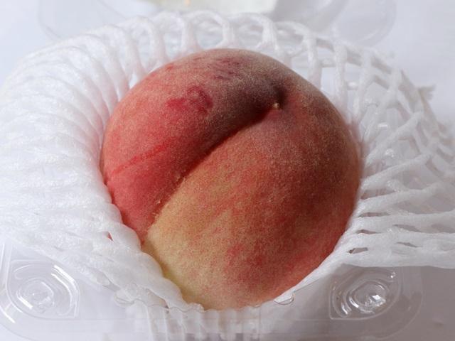 おいしっくすの桃