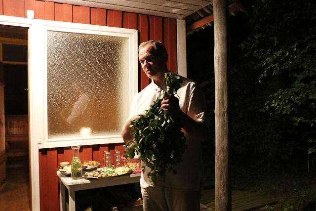 サウナで使う白樺の枝
