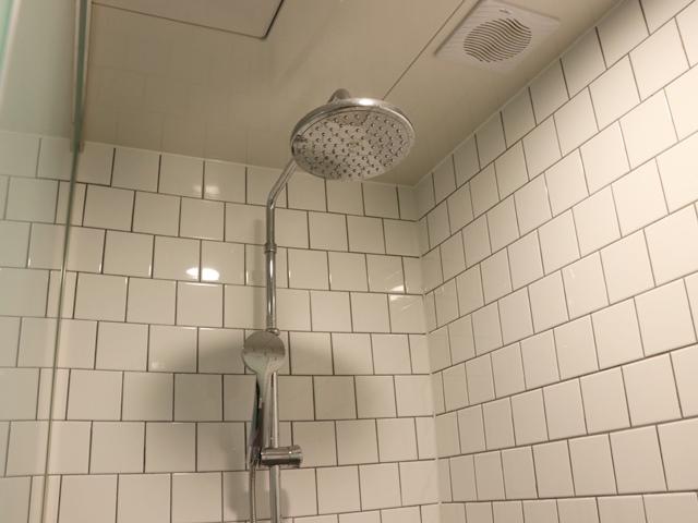 ホテルグリッドイン シャワー