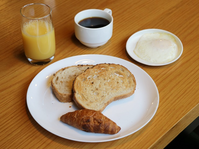 ホテルグリッドイン 朝食