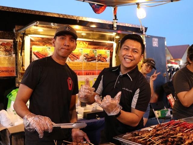 グアムで水曜に行われているチャモロビレッジ・ナイトマーケットでローカルフードを楽しむ!