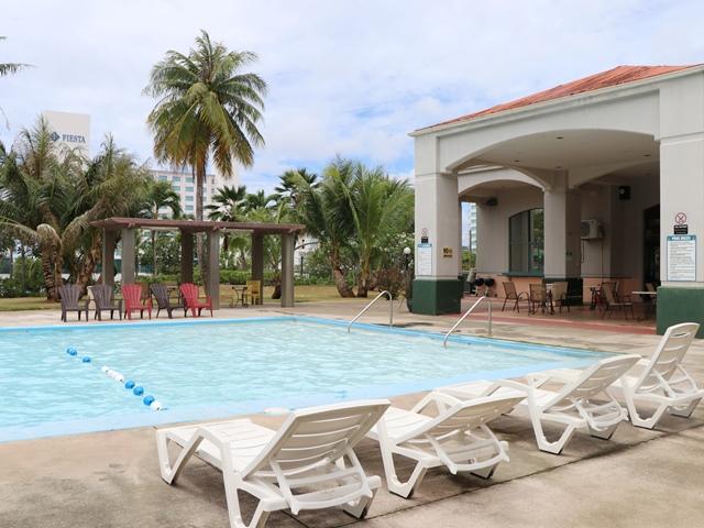 ガーデン ヴィラ ホテルの館内施設・プール