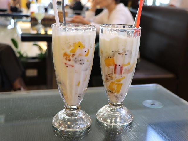 ハノイ ノイバイ空港のカフェ