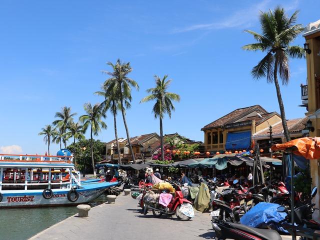 ベトナムのホイアン旧市街