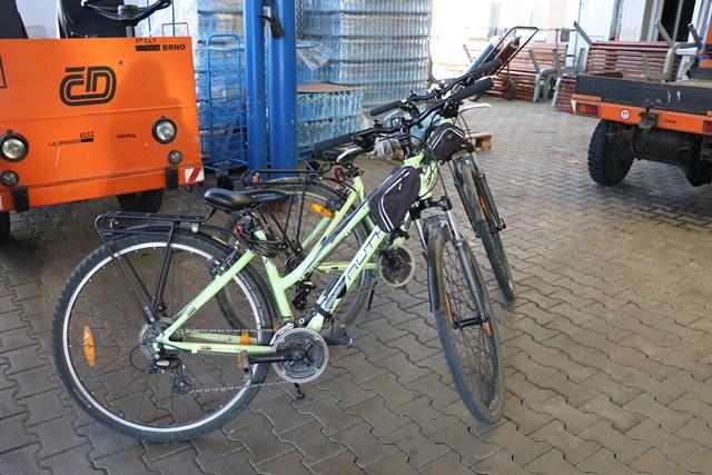 チェコ鉄道駅でレンタサイクル(自転車を借りる)
