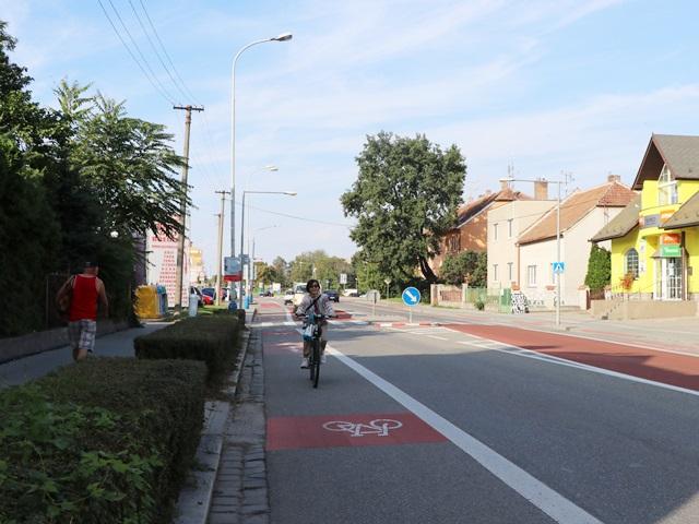 チェコ鉄道駅で自転車を借りてサイクリング
