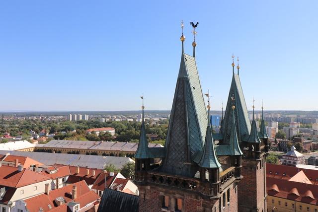 フラデツ・クラーロヴェーの白塔(ホワイトタワー)の鐘楼