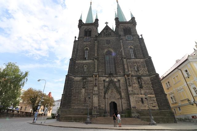 ネオゴシック様式の聖母マリア大聖堂