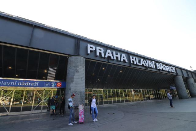 チェコ プラハ本駅