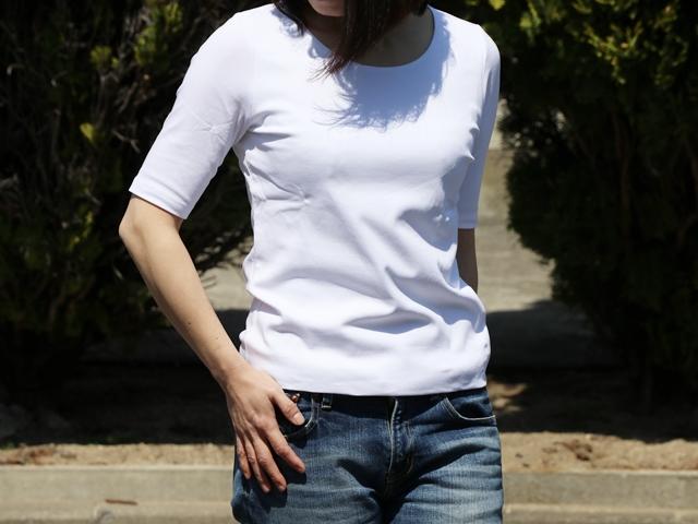 大人の女性にぴったりの「ドゥクラッセTシャツ」は、身頃が透けないダブルフロントTシャツ