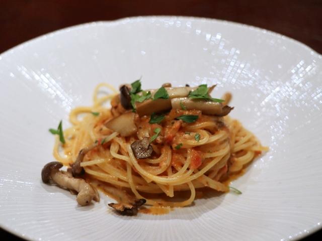 ボスカイオーラ トマトクリーム スパゲティーニ
