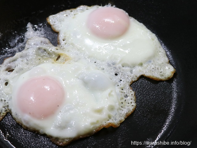 鉄フライパン「ダクタイルパン」で目玉焼きを焼く