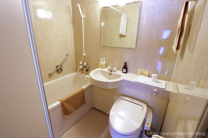 バスルームとトイレ