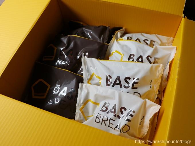 ベースフード BASE BREAD