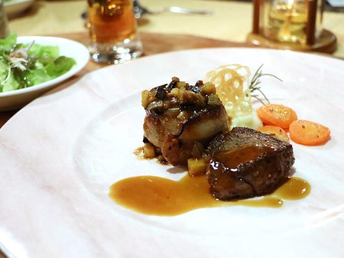 黒毛和牛のステーキ&山形豚とミンチのハンバーグ